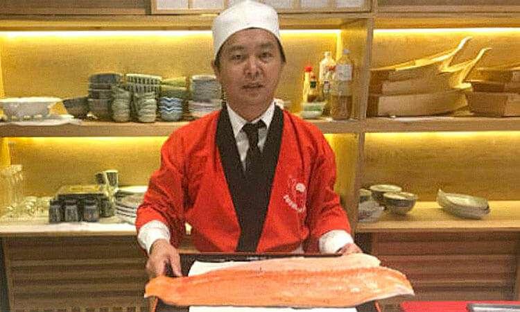 Từ phụ bếp thành chủ chuỗi nhà hàng Nhật