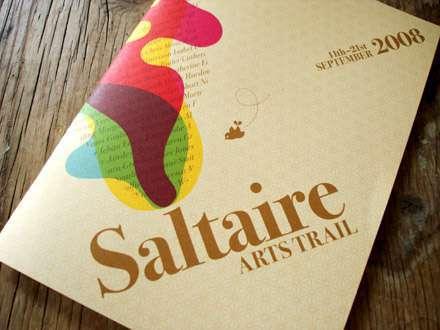 22 mẫu thiết kế brochure ấn tượng và định nghĩa về nó