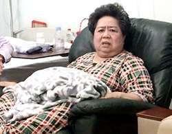 Hiện bà Phấn đang nằm chăm sóc tại bệnh viện Tân Hưng, quận 7. Ảnh: CTV.