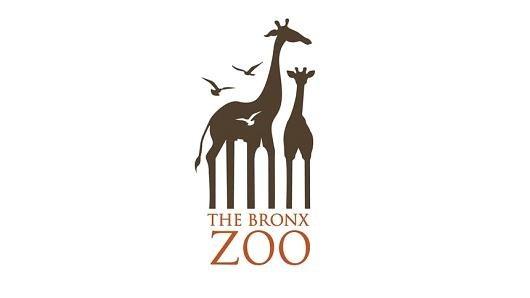 Logo của Bronx Zoo, vườn thú của quận Bronx thuộc thành phố New York với biểu tượng hai chú hươu cùng không gian âm là biểu tượng các tòa cao ốc đặc trưng của New York