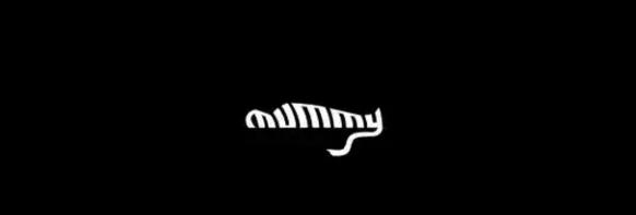 Logo Mummy (xác ướp) trông giống hệt hình một xác ướp đang nằm