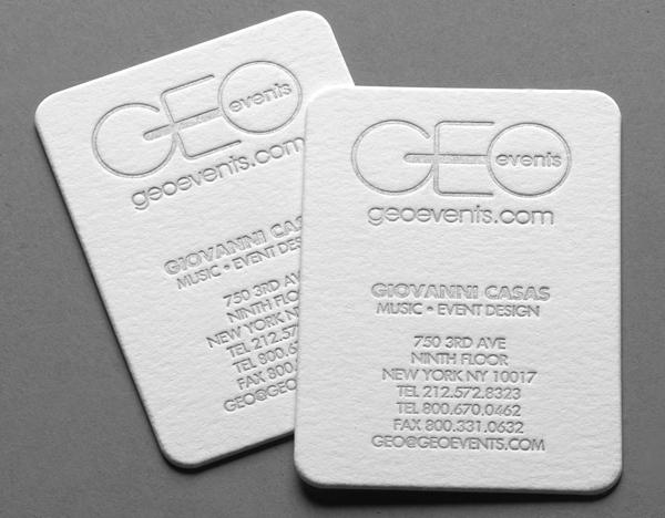 Mẫu name card ép kim trắng lên giấy mỹ thuật màu trắng