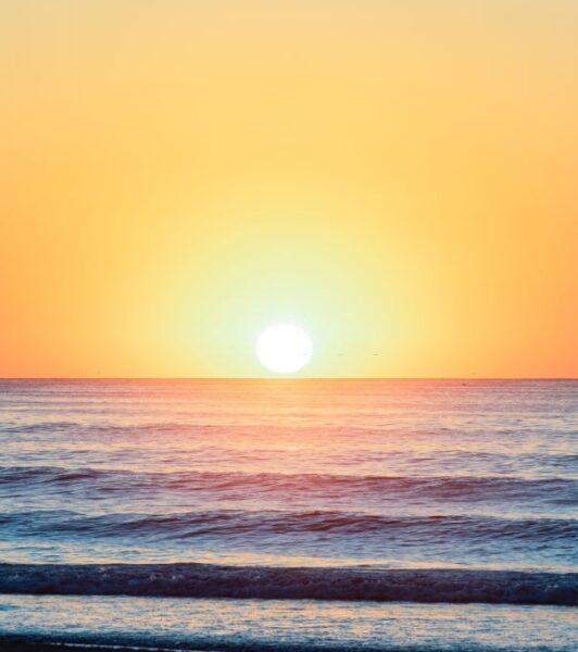 hình ảnh nắng trên biển khơi